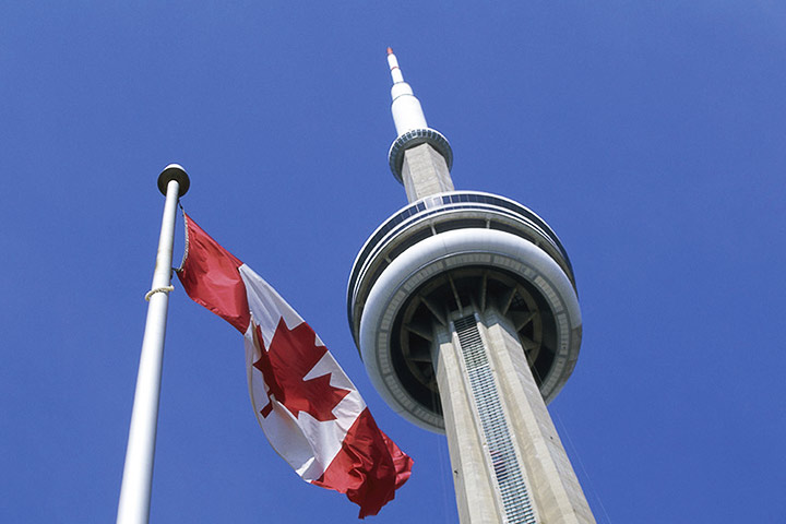 Major Toronto Attractions Now Accepting China's Biggest Mobile Payment Options